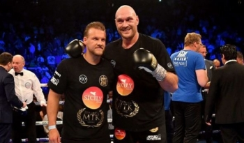 Fury Coach Davison: Tyson is a Freak of Nature!